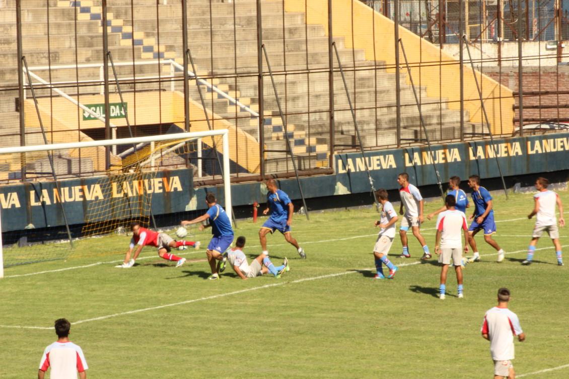 Marcos Godoy convierte el 1-0