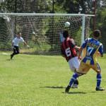 Emanuel Pallero convierte el tercer gol de la quinta división