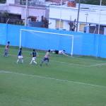 El derechazo goleador de Bonfigli ya besa la red y es el 2 a 0.