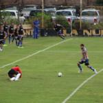 Franco Olego convierte lo que hubiese sido el 1 a 0. Error grosero del línea 1